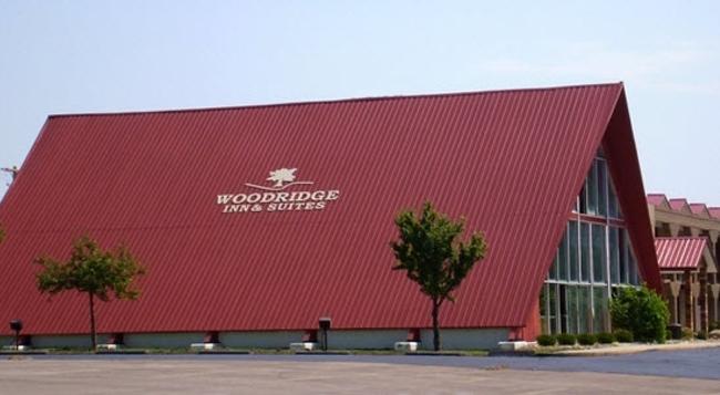 Woodridge Inn And Suites - Alma - Building