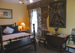 Parisian Courtyard Inn - New Orleans - Bedroom