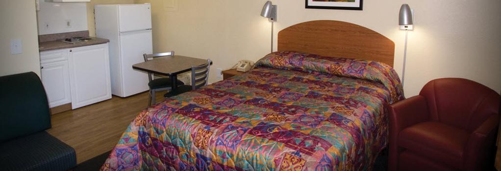 InTown Suites Albuquerque - Albuquerque - Bedroom