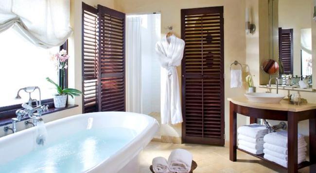 Clarendon Square Bed & Breakfast - Boston - Bathroom