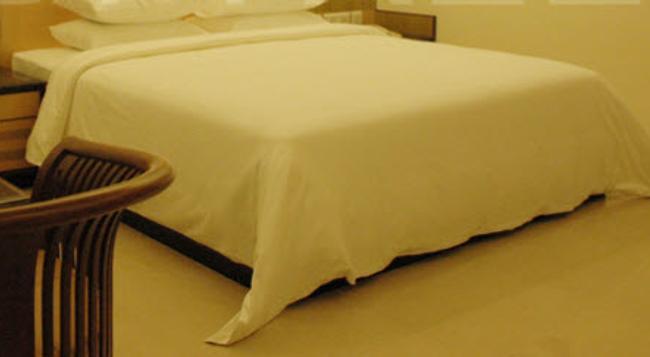 Oyo Premium Jayanagar Jain Temple - Bangalore - Bedroom