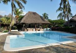 Dorado Cottage Atlantis Club - Malindi - Pool