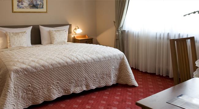 Hafner - Stuttgart - Bedroom