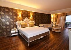Azka Hotel - Bodrum - Bedroom