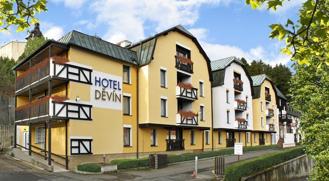 Spa hotel Devin - Marianske Lazne - Building