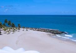 La Concha Renaissance San Juan Resort - San Juan - Beach