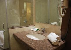 Hotel Fairway - Amritsar - Bathroom