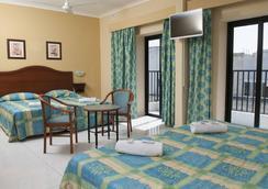 Euroclub Hotel - Qawra - Bedroom