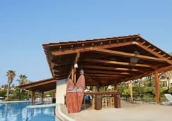 Portaventura Hotel El Paso - Theme Park Tickets Included - Salou - Pool