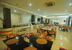 Hotel Swarna Dwipa - Palembang - Restaurant