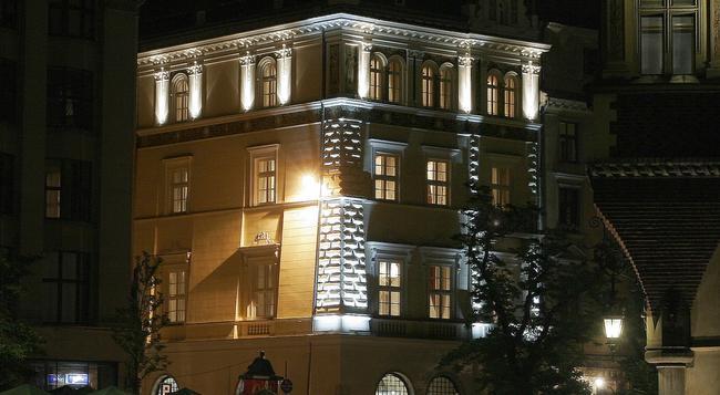 Bonerowski Palace - Krakow - Building