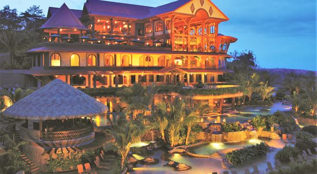 The Springs Resort and Spa at Arenal - La Fortuna - Building