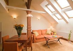 Hotel Raffaello - Prague - Living room