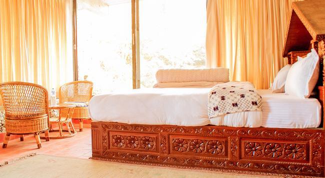 Peaceful Cottage & Cafe du Mont - Nagarkot - Bedroom