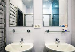 Guest House Tverskaya - Moscow - Bathroom