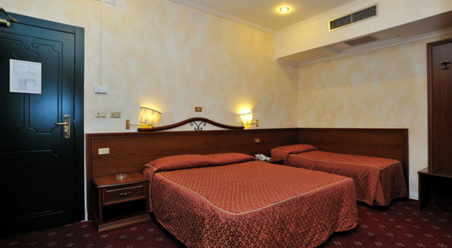 Hotel Virgilio - Rome - Bedroom