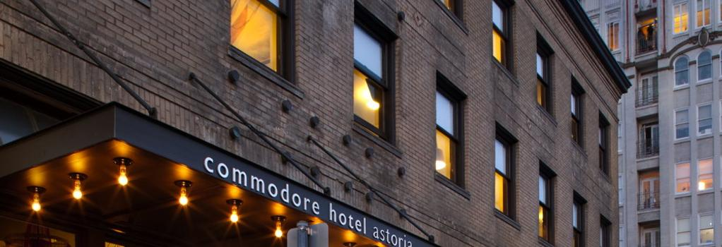 Commodore Hotel - Astoria - Building