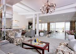 The Beach Hotel - Port Elizabeth - Restaurant