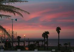 The Beach Hotel - Port Elizabeth - Outdoor view