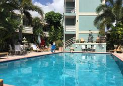 Manhattan Tower Apartment Hotel - Fort Lauderdale - Pool