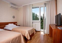 Pesochnaya Bukhta Hotel - Sevastopol - Bedroom