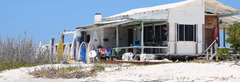 Posada Mediterraneo - Isla los Roques - Building