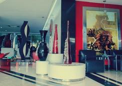 Da Vinci Hotel & Conventions - Manáus - Lobby