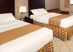 Beachside Resort Hotel - Gulf Shores - Bedroom