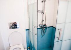 Taiga Hostel - Saint Petersburg - Bathroom