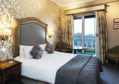 Fitzpatrick Castle Hotel - Dublin - Bedroom