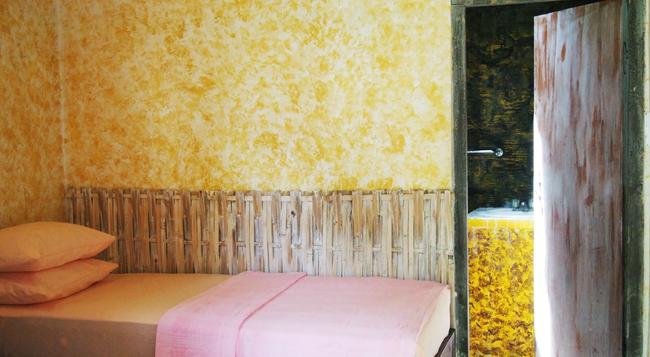 Funkyplace - Lovina Beach - Bedroom