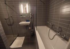 Hotel CC - Amsterdam - Bathroom