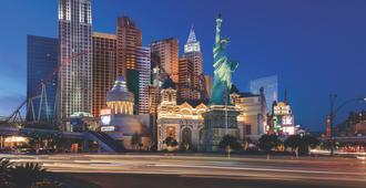 New York-New York Hotel & Casino - Las Vegas - Building