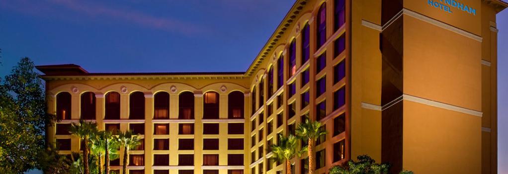 Wyndham Anaheim Garden Grove - Anaheim - Building