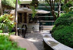The Babylon Bangkok Bed & Breakfast - Bangkok - Bar