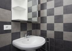 B&B Home House S.Paolo - Rome - Bathroom