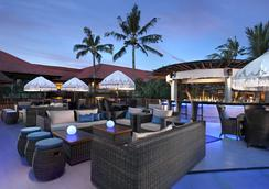 Bali Dynasty Resort - Kuta - Bar