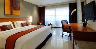Bali Dynasty Resort - Kuta - Bedroom