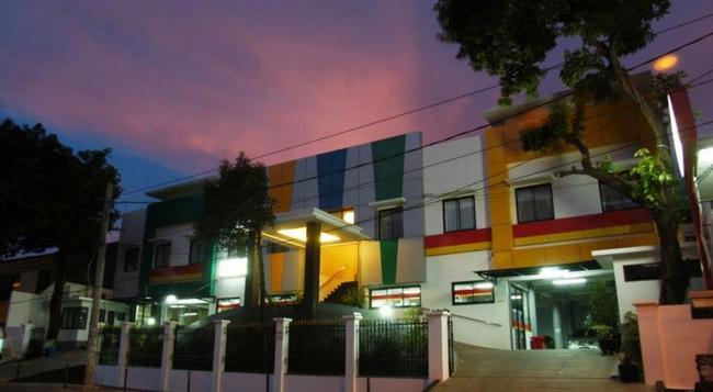 Sabda Guest House - South Jakarta - Building