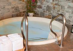 Coachman's Inn, A Four Sisters Inn - Carmel-by-the-Sea - Attractions