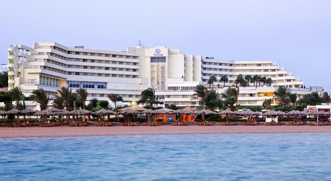 Hilton Hurghada Plaza - Hurghada - Building