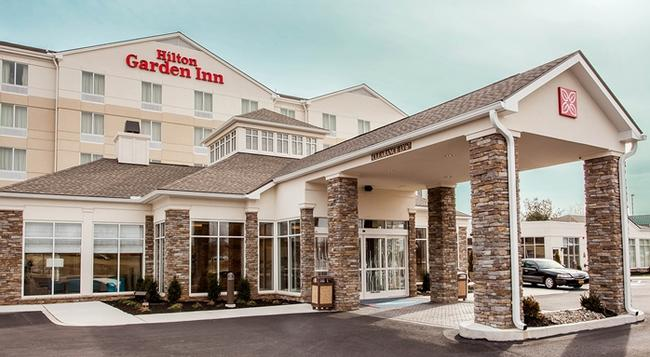 Hilton Garden Inn Reagan National Airport - Arlington - Building