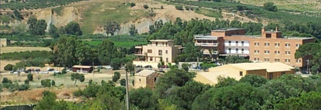 Camera Con Vista - Agrigento - Building