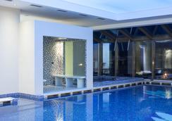 International Iasi - Iaşi - Pool