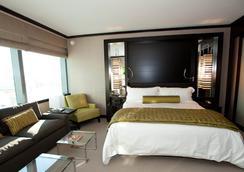 Jet Luxury at the Vdara Condo Hotel - Las Vegas - Bedroom