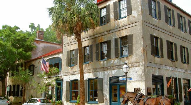 27 State Street Bed & Breakfast - Charleston - Building