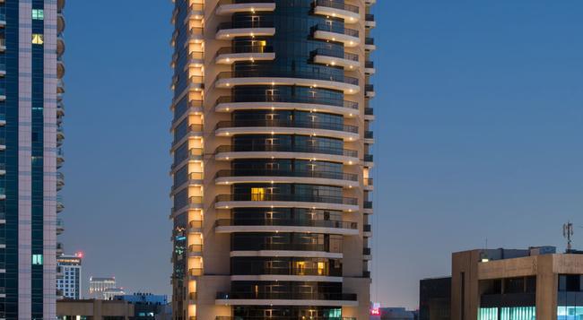 Majestic Hotel Tower - Dubai - Building