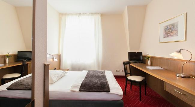 Brauhaus Manforter Hof - Leverkusen - Bedroom