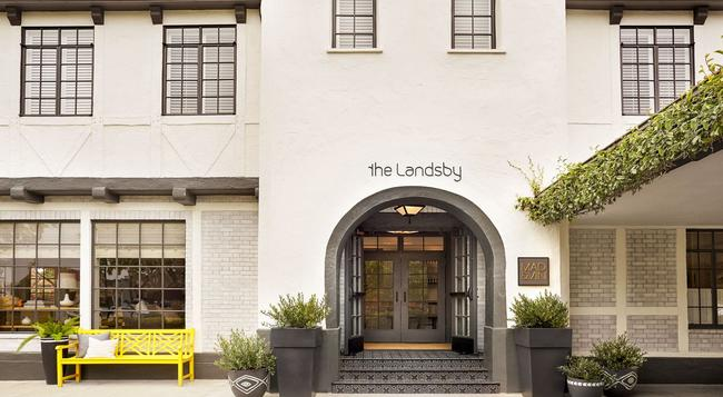 The Landsby - Solvang - Building