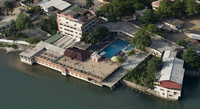 Hotel Du Lac - Cotonou - Building